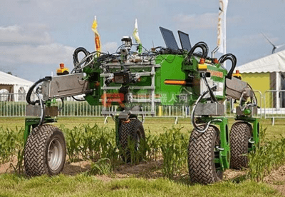 Robotic Tractor in China
